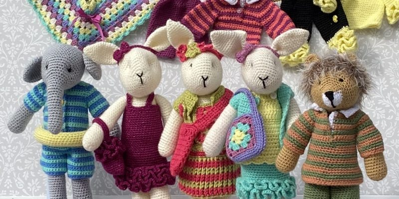 Something for a new baby Baby's First Crocheted Friends EVS-30